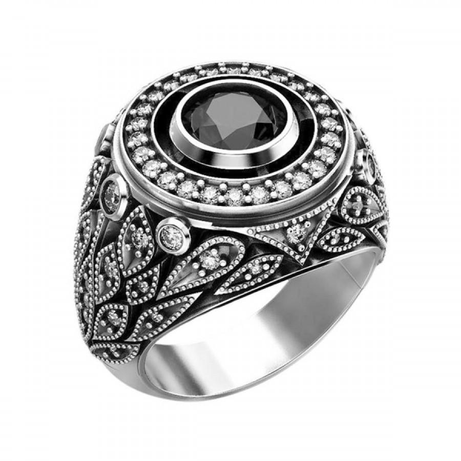 "Ring ""Empire"""