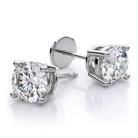 Stud earrings (33)