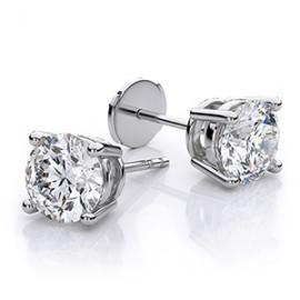 Stud earrings (31)